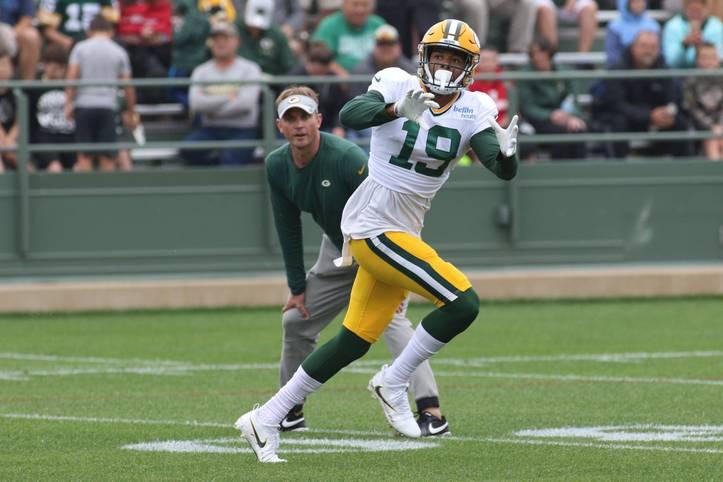Beim NFL-Draft 2018 wird Equanimeous St. Brown in der sechsten Runde von den Green Bay Packers ausgewählt. Bereits in seiner ersten Saison sorgt er für einige Highlights. Im Spiel gegen die San Francisco 49ers gelingt EQ elf Sekunden vor dem Ende ein enorm wichtiger Catch