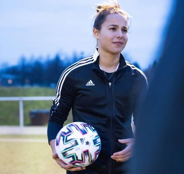 Lena Oberdorf wechselte vor der Saison zum VfL Wolfsburg