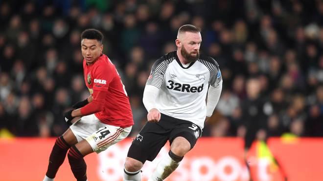 Wayne Rooney (r.) und Derby County hatten bei Manchester United wenig zu melden