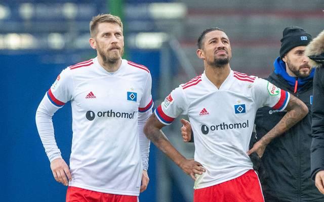 Aaron Hunt (l.) und Jeremy Dudziak vom HSV sind nach drei Niederlagen in Folge bedient