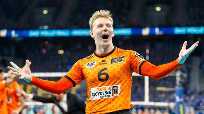 Sergey Grankin von den Berlin Recycling Volleys freut sich auf den comdirect Supercup