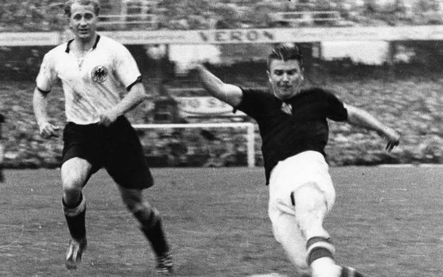 Ferenc Puskas in einem Länderspiel gegen Deutschland