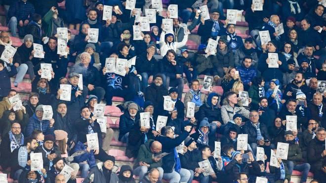 Spieler wie Neapels Kalidou Koulibaly werden in Italien immer wieder Opfer von rassistischen Beleidigungen