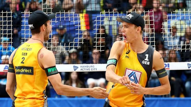 Auch die Vize-Weltmeister Julius Thole (r.) und Clemens Wickler kämpfen in Düsseldorf um den Sieg