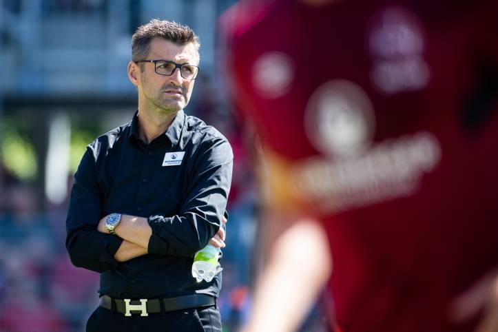 Der 1. FC Nürnberg ist nur noch ein Sieg vom Aufstieg in die Bundesliga entfernt. Das Team von Trainer Michael Köllner will in Sandhausen den letzten Schritt machen - zahlreiche Club-Fans sorgen für Heimspiel-Atmosphäre