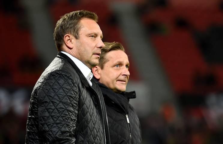 Zum Abschluss des 14. Spieltags sind die Schalker von Trainer Andre Breitenreiter und Manager horst Heldt in Leverkusen gefordert