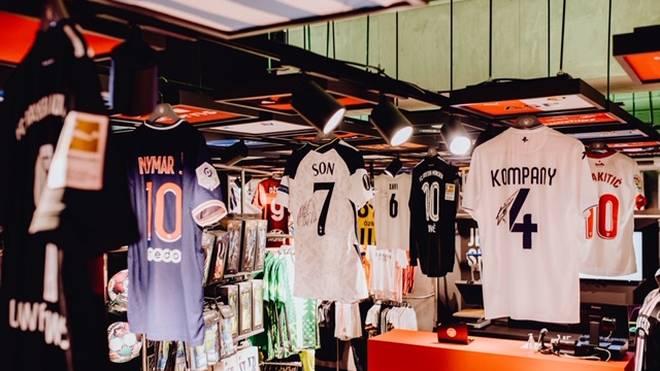 Am 25. März startet die Trikot-Auktion. Dabei sind Neymar, Heung min Son, Ivan Rakitic und viele andere