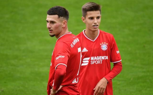 Bei der zweiten Mannschaft in der 3. Liga überzeugte Tiago Dantas (r., mit Leon Dajaku) bereits.