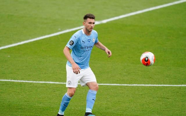 Für Jamie Carragher ist Aymeric Laporte (am Ball) der einzig gute Transfer in der Abwehr in der Guardiola-Ära.