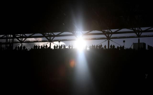 In der Coronakrise könnten die Einnahmen in der Fußball-Brance deutlich sinken