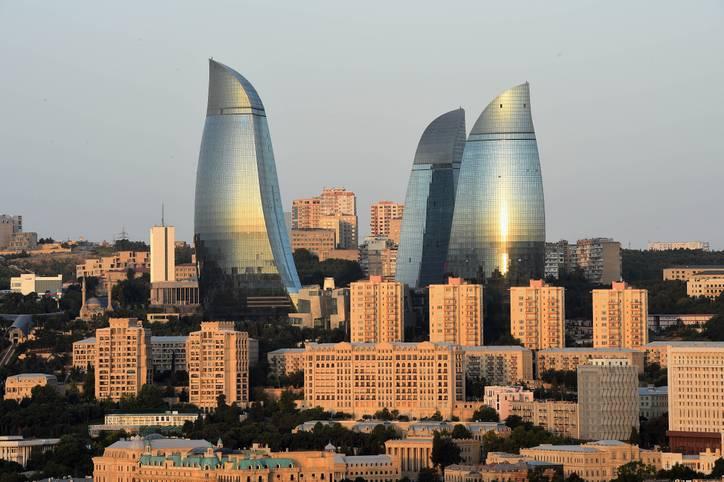 Das imposante Stadtbild der aserbaidschanischen Metropole am Kaspischen Meer rückt für die vom 12. bis 28. Juni stattfindenden Europaspiele in den Hintergrund