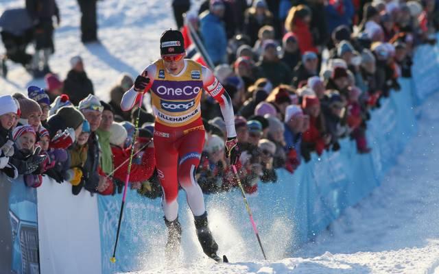 Johannes Hösflot Kläbo hat den Sprint in Lenzerheide gewonnen