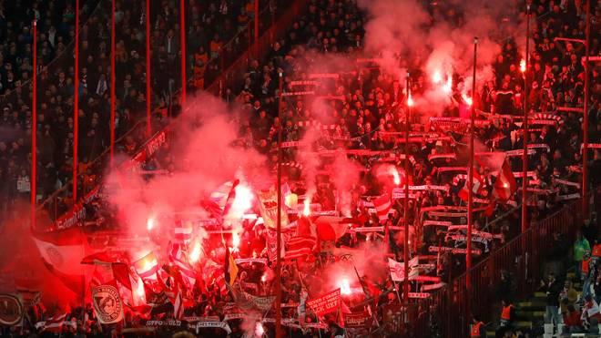 Der FC Bayern muss für die Vergehen seiner Fans zahlen