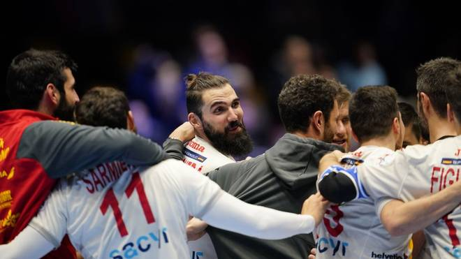 Players of Spain celebrate their win after the match Spain vs Germany of the Men´s Handball European Championship preliminary round in Trondheim, Norway, on January 11, 2020. (Photo by Ole Martin Wold / various sources / AFP) / Norway OUT (Photo by OLE MARTIN WOLD/NTB Scanpix/AFP via Getty Images)