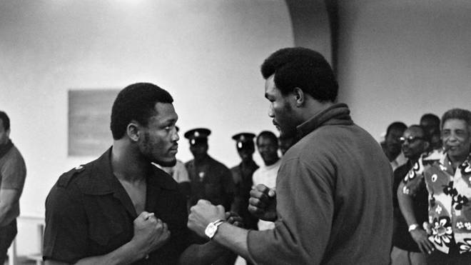 "Joe Frazier (l.) und George Foreman (r.) vor dem ""Sunshine Showdown"""