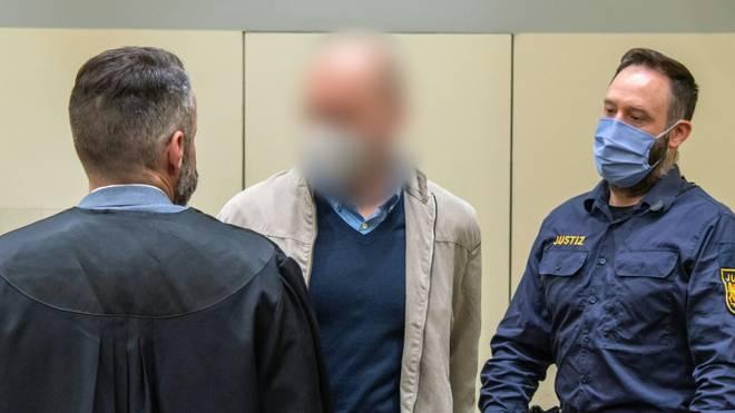 Mark S. zu vier Jahren und zehn Monaten Haft verurteilt