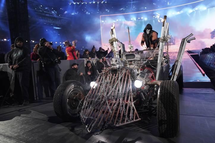 WrestleMania 35, die größte WWE-Show des Jahres vor über 80.000 Fans im MetLife Stadium ist Geschichte. Und mehr als ihre Matches werden die spektakulären Einmärsche und Spezial-Auftritte in Erinnerung bleiben. SPORT1 zeigt die 15 besten in Bildern - und erzählt die Geschichten dahinter