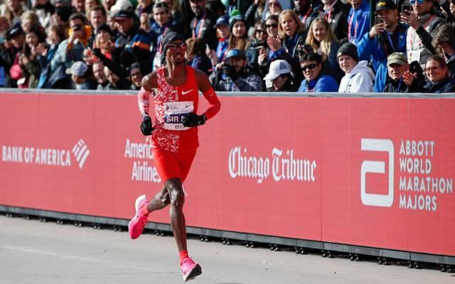 Olympiasieger Mo Farah kehrt zurück zu den 10.000 Metern