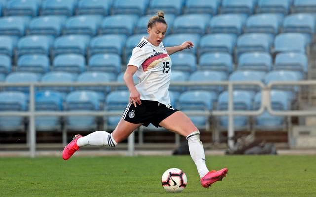 Giulia Gwinn spielt mit der Frauen-Nationalmannschaft beim Algarve Cup