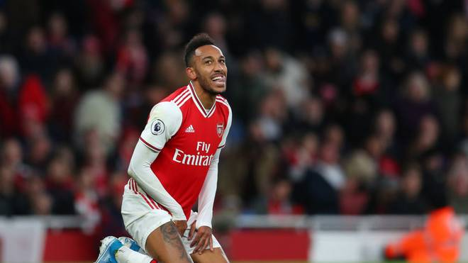 LONDON, ENGLAND - OCTOBER 27: Pierre-Emerick Aubameyang of Arsenal during the Premier League match between Arsenal FC and Crystal Palace at Emirates Stadium on October 27, 2019 in London, United Kingdom. (Photo by Catherine Ivill/Getty Images)
