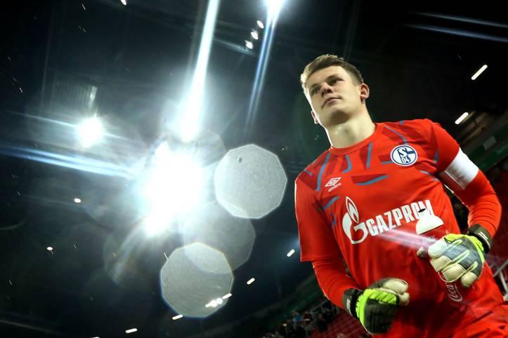 Schalke-Keeper Alexander Nübel steht vor dem Schritt zum FC Bayern. Das 23 Jahre alte Juwel soll in München eine neue Torwart-Dynastie begründen - in Zukunft ...