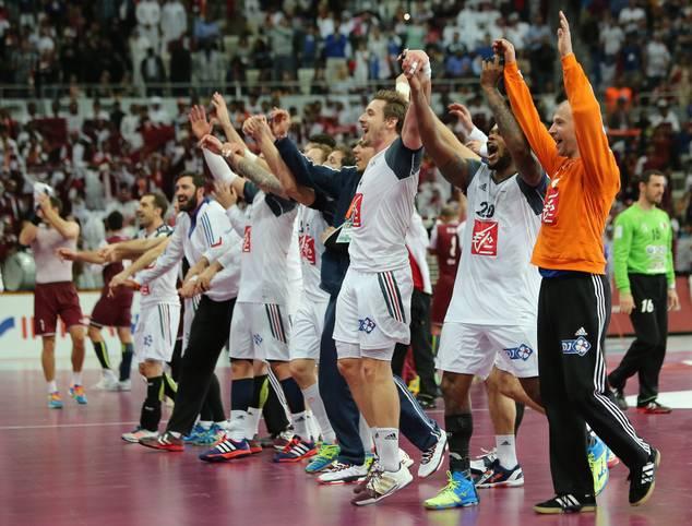 Geschafft! Gastgeber Katar bietet Frankreich lange einen harten Kampf, am Ende holt sich der Favorit aber seinen insgesamt fünften Titel. SPORT1 zeigt die besten Bilder der K.o.-Phase