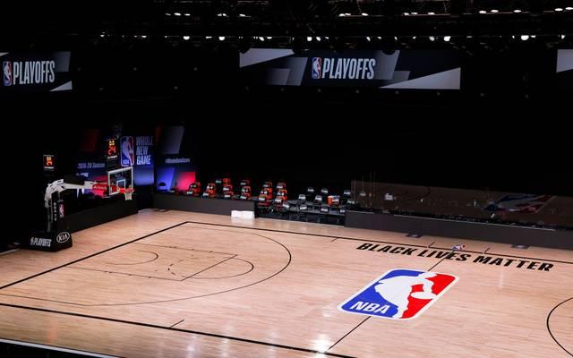 Nach dem Boykott der Milwaukee Bucks sagte die NBA die Spiele für Mittwoch ab, andere US-Ligen zogen nach