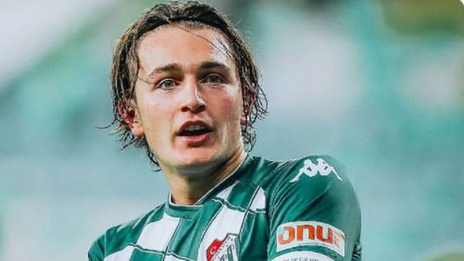 Eintracht Frankfurt darf künftig auf die Dienste von Ali Akman vertrauen