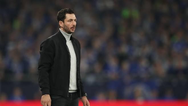 Sandro Schwarz vom FSV Mainz 05 kassierte die erste Gelb-Rote Karte eines Trainers in der Bundesliga-Geschichte