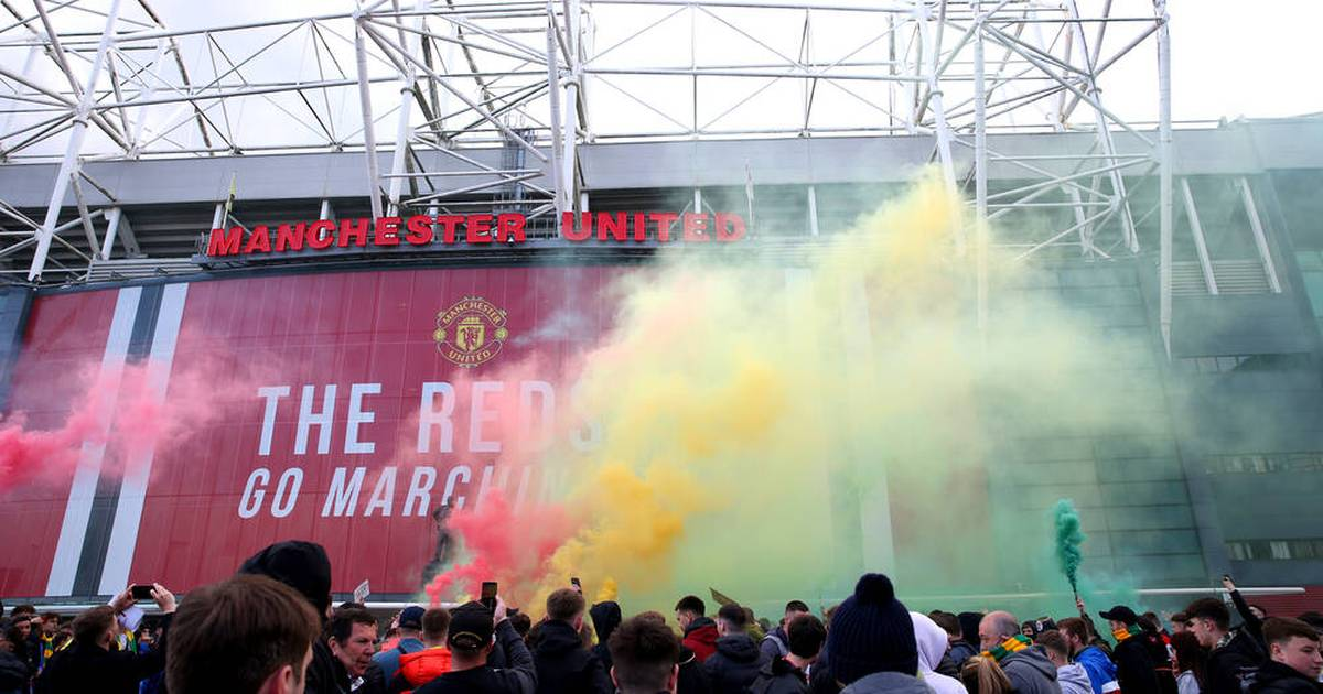 Manchester United: Fans stürmen wegen Super League das Old Trafford
