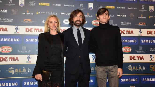 Andrea Pirlo mit Freundin Valentina Baldini und Sohn Nicolo