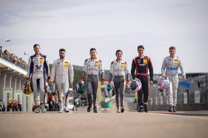 """Spannung pur verspricht das Saisonfinale des ADAC GT Masters am Wochenende in Hockenheim. Gleich sechs Fahrer haben noch Chancen, sich zum Champion der """"Liga der Supersportwagen"""" zu krönen. SPORT1 stellt die Titel-Kandidaten vor"""