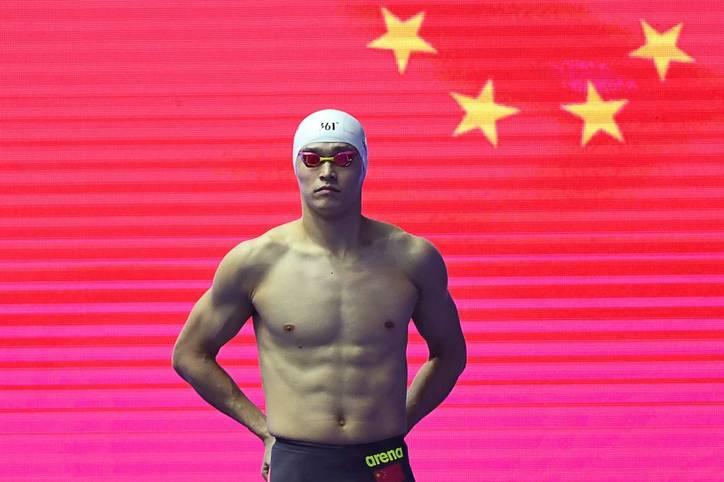 Sun Yang ist wohl der am meisten polarisierende Schwimmer der Gegenwart. Jetzt wurde er als Wiederholungstäter vom Internationalen Sportgerichtshof CAS mit einer Dopingsperre von acht Jahren belegt worden