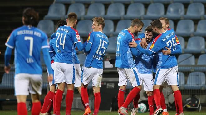 Holstein Kiel steht an der Spitze der 2. Bundesliga - jetzt geht es nach Sandhausen