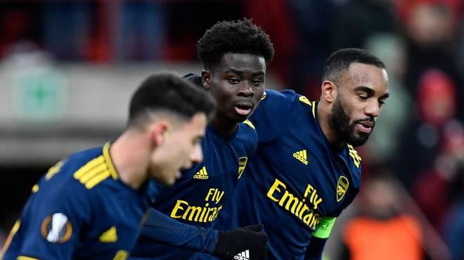 Bukayo Saka (M.) überzeugt beim FC Arsenal in der Europa League