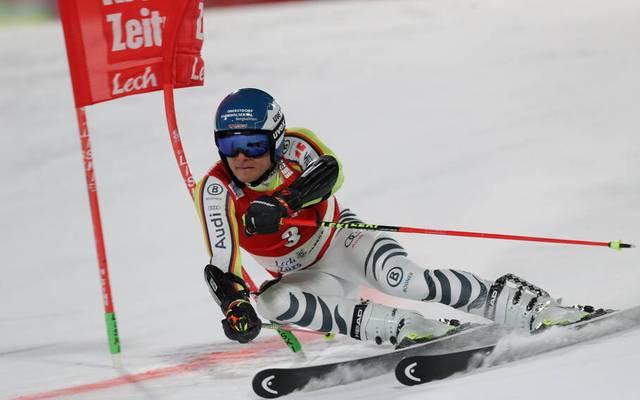 Alexander Schmid raste in Lech/Zürs auf das Podest