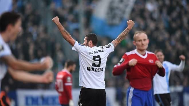 Sascha Möldersführte den TSV 1860 München zum Last-Minute-Sieg in Haching