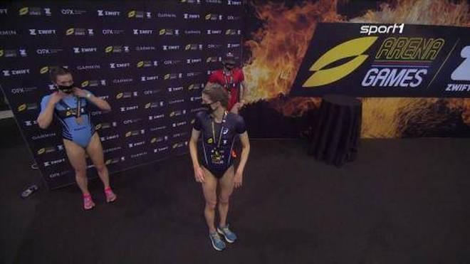 Super League Triathlon: Beth Potter sichert sich in London die Goldmedaille