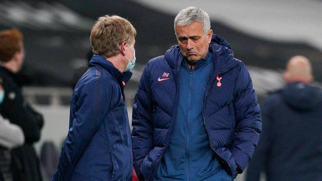 José Mourinho reagierte mit Sarkasmus auf das Geduldsspiel rund um die Partie der Spurs gegen den FC Fulham