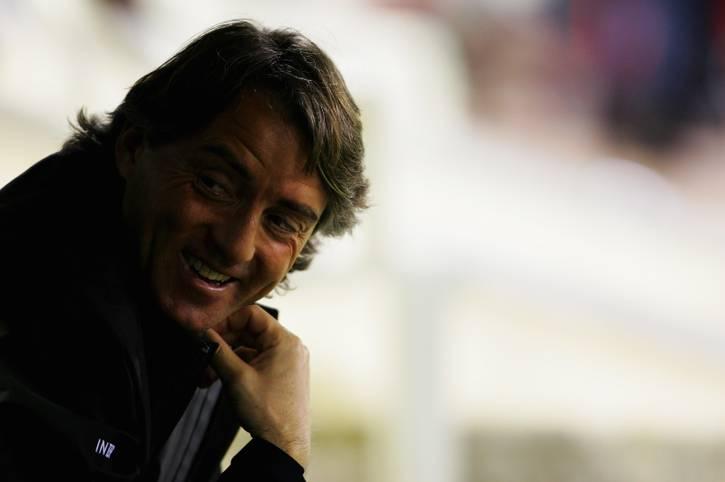 Trainer Roberto Mancini soll die Squadra Azzurra nach der verpassten WM wieder aufleben lassen. Der 53-Jährige vollzieht einen radikalen Umbruch