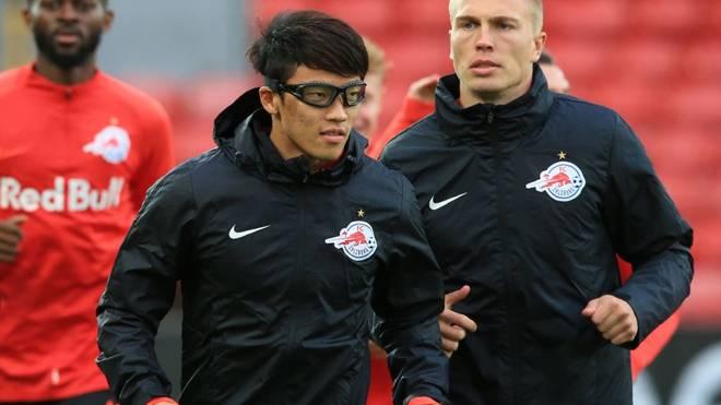 Hee-Chan Hwang (M.) fehlte beim Auftakt von RB Leipzig