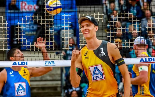 Julius Thole wurde mit seinem Partner Clemens Wickler 2019 sensationell WM-Zweiter