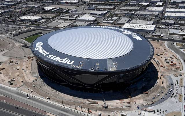 Gute Nachrichten für die Raiders: Das Stadion steht, die Toiletten funktionieren!