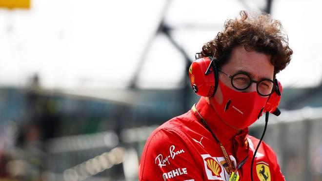 Mattia Binotto sitzt offenbar doch recht fest im Sattel bei Ferrari
