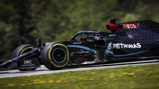 Lewis Hamilton ist in seinem Mercedes aktuell nicht ganz so schnell wie die Spitze