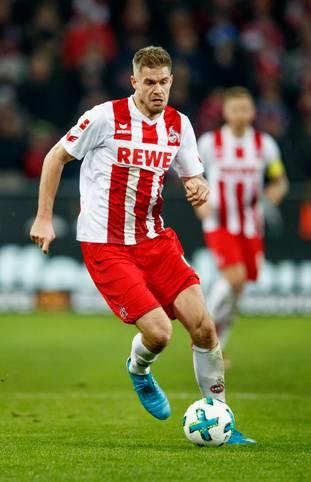 Simon Terodde hat zu Beginn der Saison einen echten Lauf. In den letzten beiden Ligaspielen erzielt der Kölner satte fünf Treffer. Damit schiebt er sich unter die großen Namen der historischen Zweitligaknipser