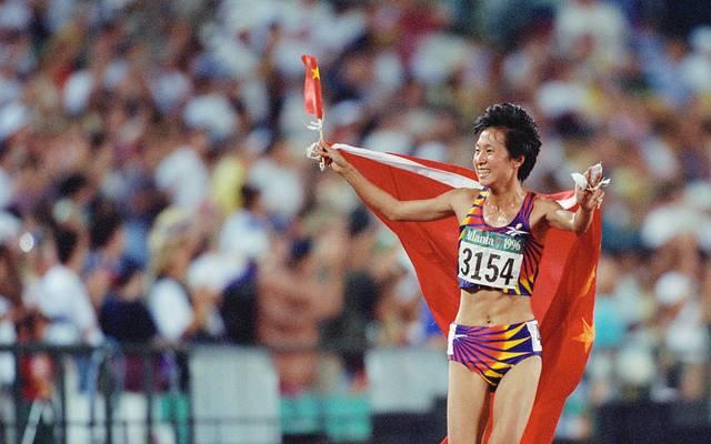Wang Junxia hält noch heute den Weltrekord im 3000-Meter-Lauf