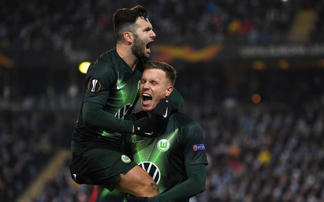 MALMO, SWEDEN - FEBRUARY 27: Yannick Gerhardt of VfL Wolfsburg celebrates with Renato Steffen after scoring his team's second goal during the UEFA Europa League round of 32 second leg match between Malmo FF and VfL Wolfsburg at Swedbank Stadion on February 27, 2020 in Malmo, Sweden. (Photo by Stuart Franklin/Bongarts/Getty Images)
