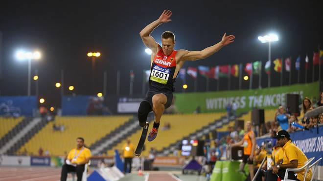 DOHA, QATAR - OCTOBER 23:  Markus Rehm of Germany in action on his way to victory in the men's long jump T44 final during the Evening Session on Day Two of the IPC Athletics World Championships at Suhaim Bin Hamad Stadium on October 23, 2015 in Doha, Qatar.  (Photo by Francois Nel/Getty Images)