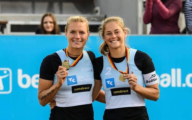Kim Behrens (l.) und Cinja Tillmann wurden zusammen Vize-Europameisterinnen